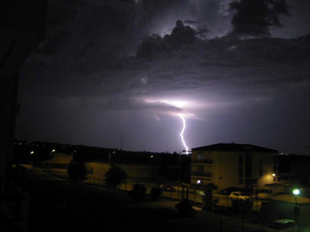 un orage très électrique du côté de Lyon